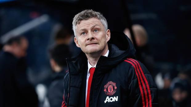 Vừa vui chiến thắng, Solskjaer lập tức báo tin buồn về Man Utd!