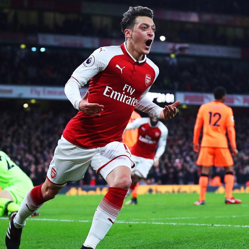 Ozil phải làm gì để cứu vãn sự nghiệp tại Arsenal?