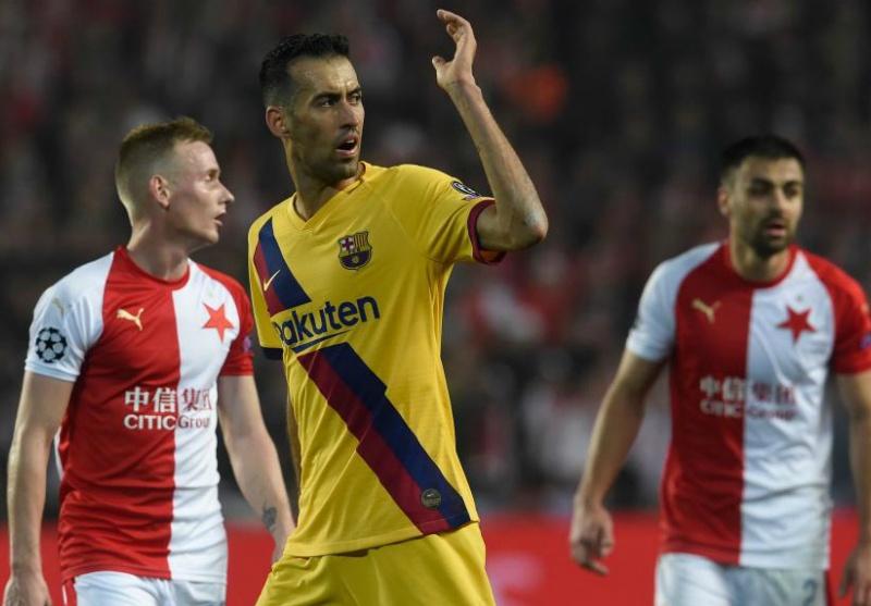 Barca 'hút chết' trước Slavia Praga, Busquets cay đắng thừa nhận 1 điều