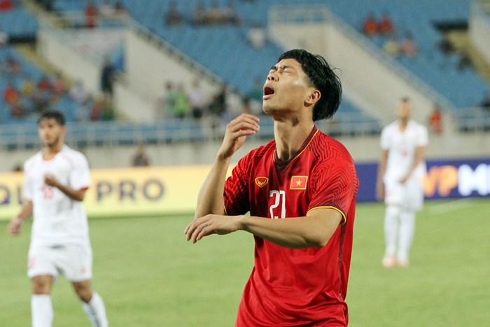 Trung phong ĐT Việt Nam trận gặp UAE: Khó cho Công Phượng