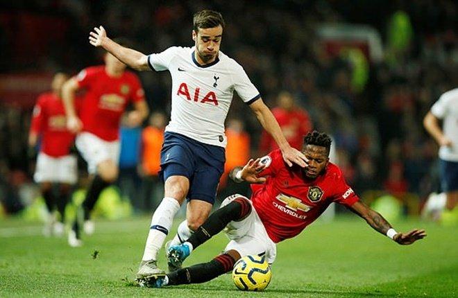 Man Utd xuất hiện một 'quái vật' trận thắng Tottenham, Mourinho đã sai!