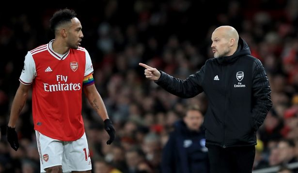Điểm nhấn Arsenal 1-2 Brighton: Thay tướng nhưng chưa đổi vận