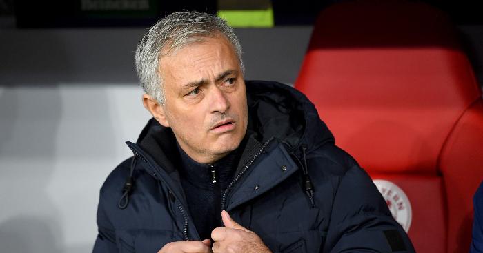 Mourinho: 'Tôi không nghĩ cậu ấy có thể đá hậu vệ trái tại Premier League' - xs thứ sáu