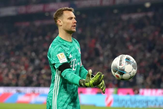 Tạo nên 'bàn tay nhỏ', Neuer hùng hồn tuyên bố: 'Bayern đang trở lại'