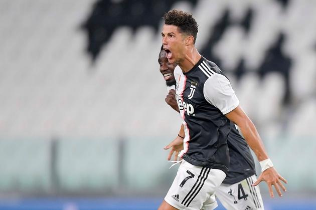 Ronaldo: 'Danh hiệu này dành tặng cho nạn nhân của COVID-19'