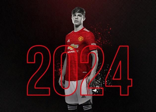 CHÍNH THỨC! Man United khóa chân 'niềm tự hào biên trái' tới năm 2024