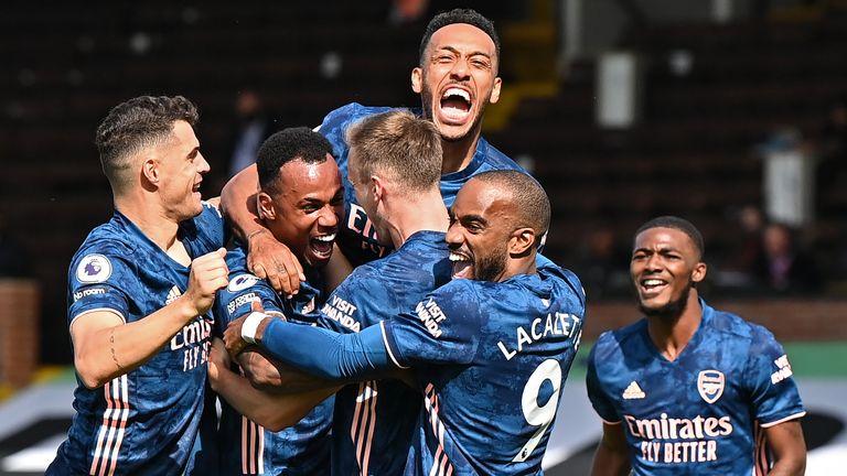 Tỷ lệ đặt cược Premier League sau tuần đấu đầu tiên: Arsenal tăng khả năng vô địch