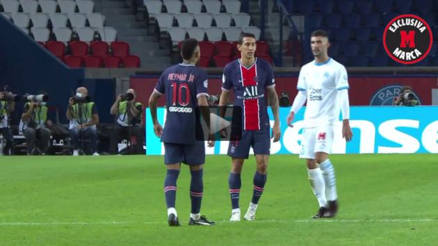 Lộ đoạn phim tố cáo Alvaro Gonzalez phân biệt chủng tộc với Neymar