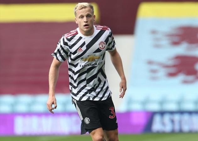 TRỰC TIẾP Man Utd 1-2 Palace: Van de Beek rút ngắn tỷ số
