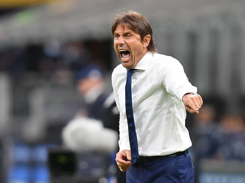 Những 'nắm đấm' chí mạng trong chiến thắng điên rồ của Inter