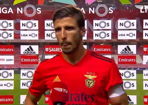 XONG! Sao Benfica bật khóc, tuyên bố thẳng thắn giúp Man City mở hội