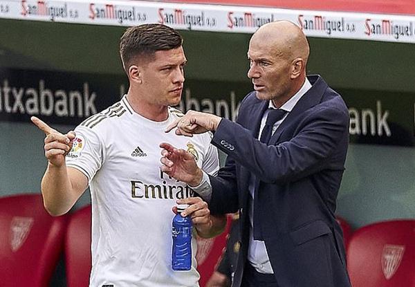 Bị Man Utd dòm ngó, HLV Zidane lên tiếng về tương lai của Luka Jovic