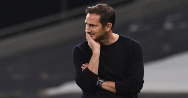 Lampard dứt tình, 'kẻ thừa' nơi trung tuyến đếm ngày rời London
