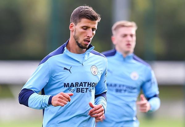 'Với 62 triệu bảng, cậu ấy thích hợp với Man City hơn là Koulibaly'