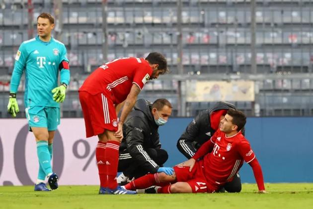 Sau Davies, Bayern Munich nhận nỗi đau không thể tả từ 'cục tiền vàng'