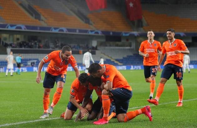 2 cầu thủ Solskjaer phải loại trong lần đụng độ Istanbul Basaksehir
