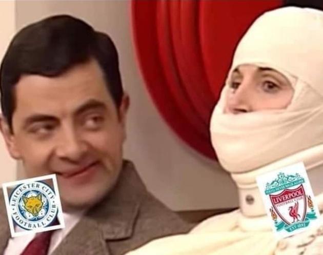 Cười té khói với loạt ảnh chế vòng 9 Premier League