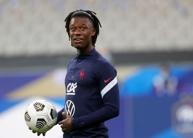 'Pogba đệ nhị' hé lộ tương lai, Man Utd đã biết phải làm gì