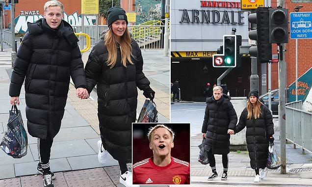 Van de Beek để lộ hình ảnh khác biệt so với khi mới tới Man Utd