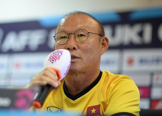HLV Park Hang-seo thích Messi, gọi Việt Nam là đội trong mơ -