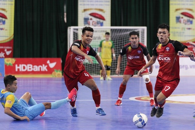 Lượt 12 giải futsal VĐQG - Phung phí cơ hội ghi bàn, Đà Nẵng và S*S.Khánh Hòa chấp nhận chia điểm