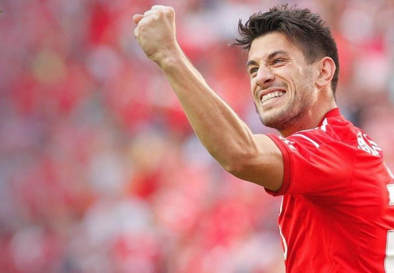 10 vua kiến tạo châu Âu: Sao Benfica sánh ngang Messi, CR7 có tên