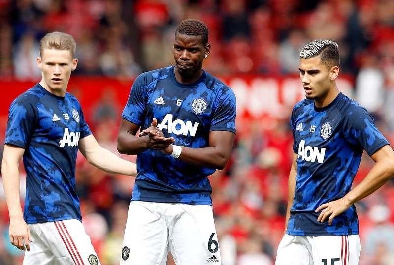 Đâu là cặp tiền vệ tốt nhất của Man Utd mùa này?