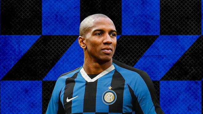 Conte nêu lý do Ashley Young chưa thể ra sân cho Inter