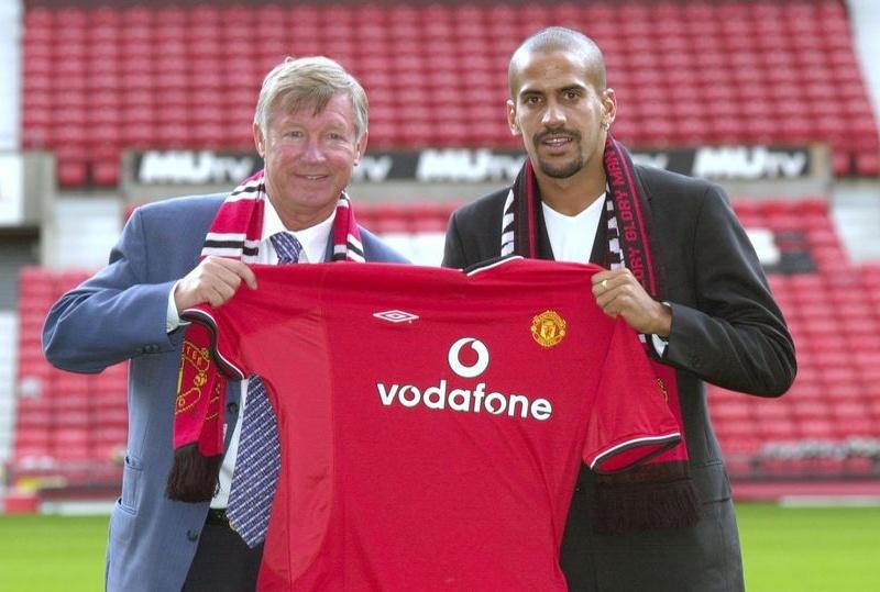 Juan Veron chỉ ra điều làm nên sự khác biệt giữa Man Utd và Man City -