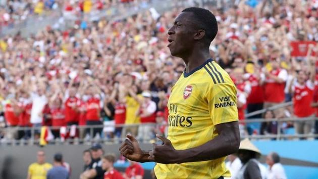 Nhìn sao trẻ tỏa sáng, Arsenal phải thầm cảm ơn Chelsea