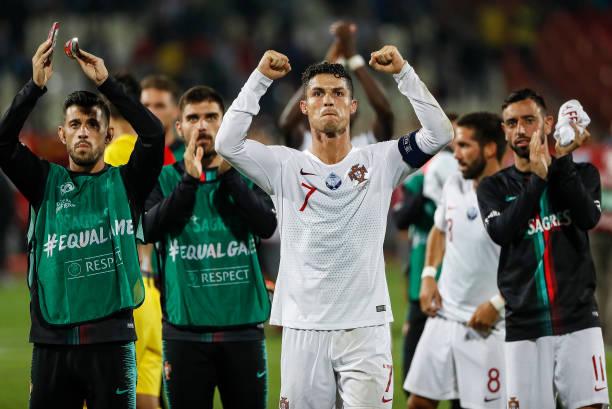 Ronaldo ghi bàn, Bồ Đào Nha có chiến thắng đầu tiên ở vòng loại