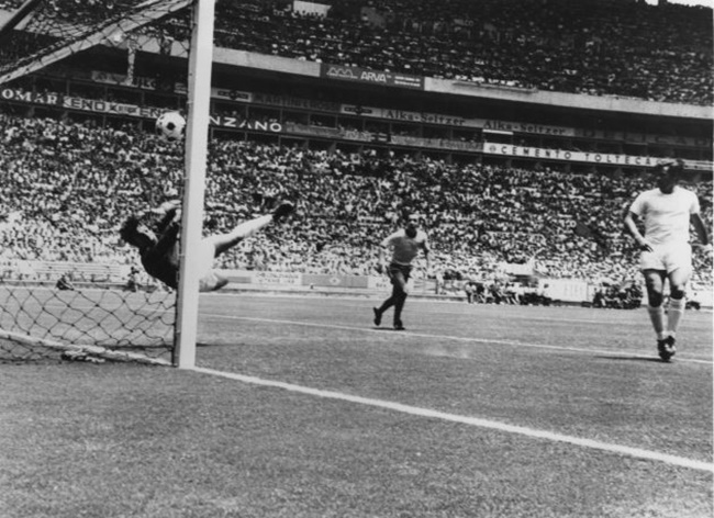 10 trận đấu kinh điển trong lịch sử World Cup (Kì 1) - Bóng Đá