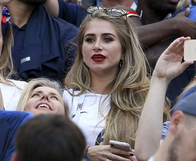 Pháp vs Croatia: Cuộc chiến không khoan nhượng giữa các WAGS - Bóng Đá