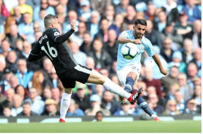 TRỰC TIẾP Man City 1-0 Burnley: Màu xanh ép sân (H1) - Bóng Đá