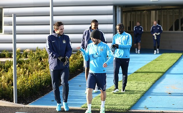 but Lampard end up at the Etihad Stadium and can he get one over on old pals Sergio Aguero and Co? - Bóng Đá