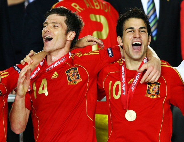 Cesc Fabregas reveals Xabi Alonso was 'begging' to join Arsenal but club messed up 'easy deal' - Bóng Đá