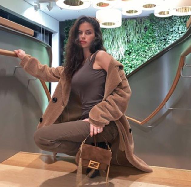 Ex-Arsenal star Serge Gnabry dating model Sandra Jerze after getting cosy with influencer during Easter holidays - Bóng Đá