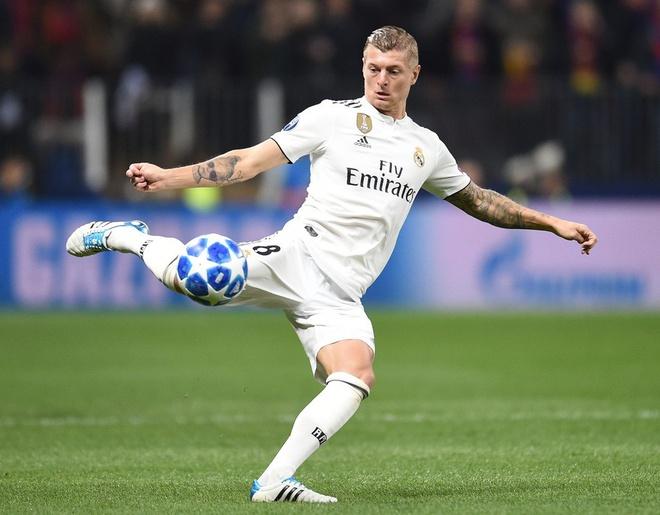 Real Madrid's Toni Kroos 'can't imagine' Premier League move - Bóng Đá