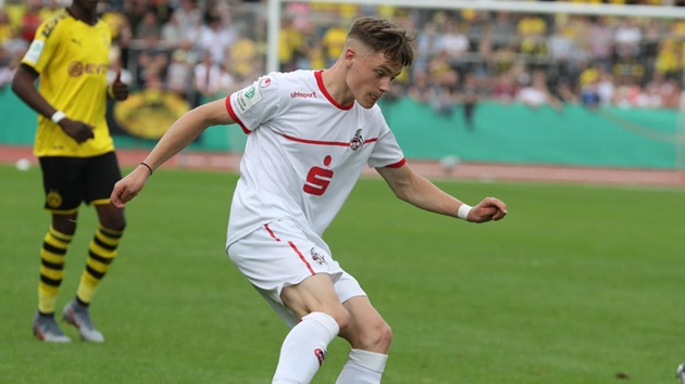 Florian Wirtz: Bundesliga's new teen star that Liverpool & Bayern missed out on - Bóng Đá