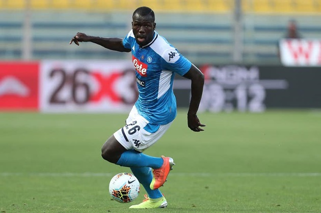According to Italian journalist Alfredo Pedulla, Manchester City have agreed a deal with Napoli regarding star defender Kalidou Koulibaly. - Bóng Đá