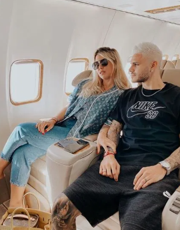 Inside Wanda and Icardi's luxury Ibiza holiday from private jet to villa with infinity pool and night out with Neymar - Bóng Đá