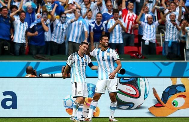 10 ngôi sao từng thi đấu chung vs Ronaldo và Messi - Bóng Đá