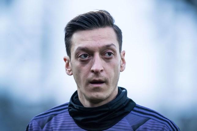 Ian Wright sends message to 'quality' Mesut Ozil over his Arsenal career - Bóng Đá