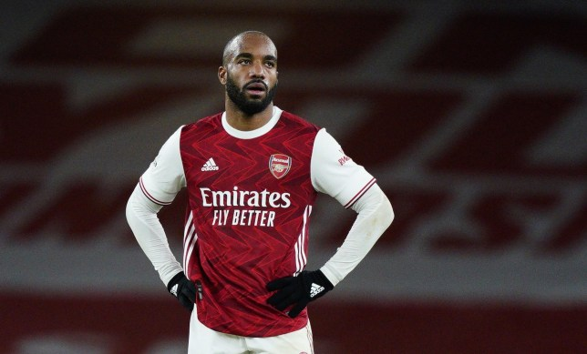 Mikel Arteta defends Alexandre Lacazette after Arsenal's defeat to Leicester City - Bóng Đá