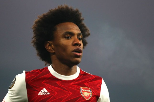Willian responds to claims he almost joined Barcelona instead of Arsenal - Bóng Đá