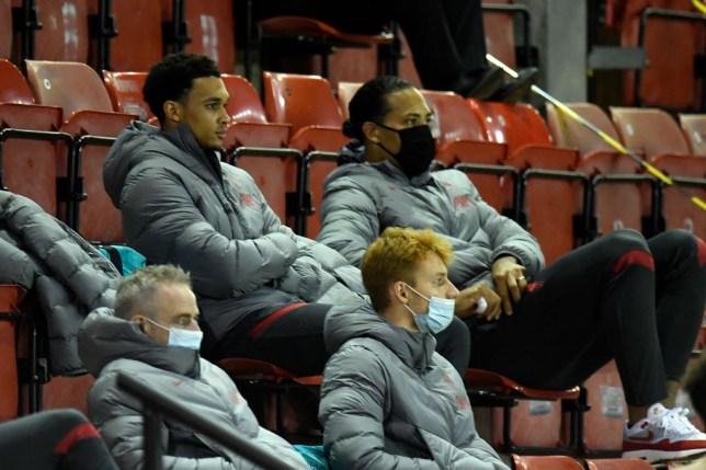 Liverpool boss Jurgen Klopp provides update on Virgil van Dijk and Trent Alexander-Arnold injuries - Bóng Đá