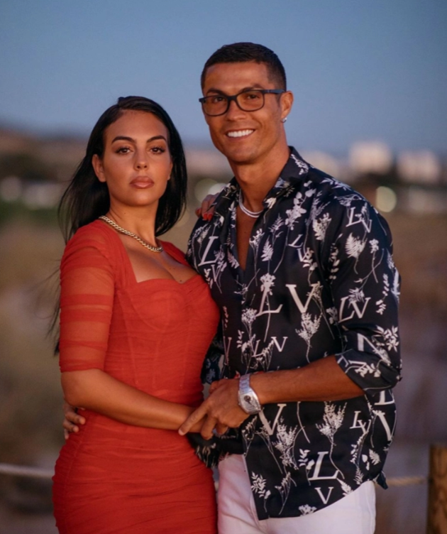 Georgina Rodriguez's most popular Instagram posts including loved-up photos with Cristiano Ronaldo - Bóng Đá