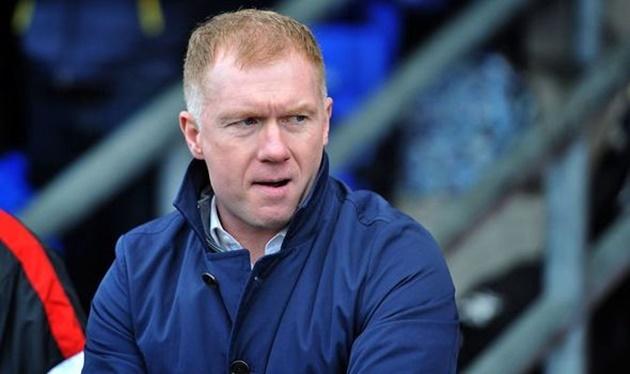 Paul Scholes is 'worried' about Man United's back four - Bóng Đá