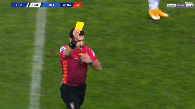 Ảnh Conte nhận thẻ đỏ - Bóng Đá