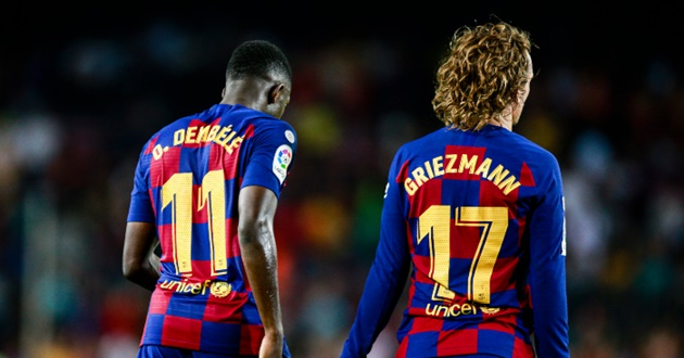 Manchester United and Chelsea remain interested in Barcelona winger Ousmane Dembele, according to reports. - Bóng Đá
